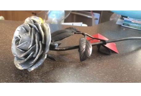 aluminum-undying-rose