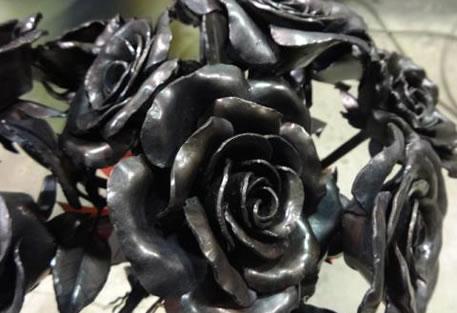 undying-rose-steel-rose2